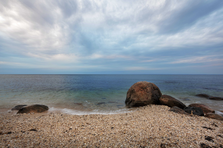 beach rocks on the long island sound