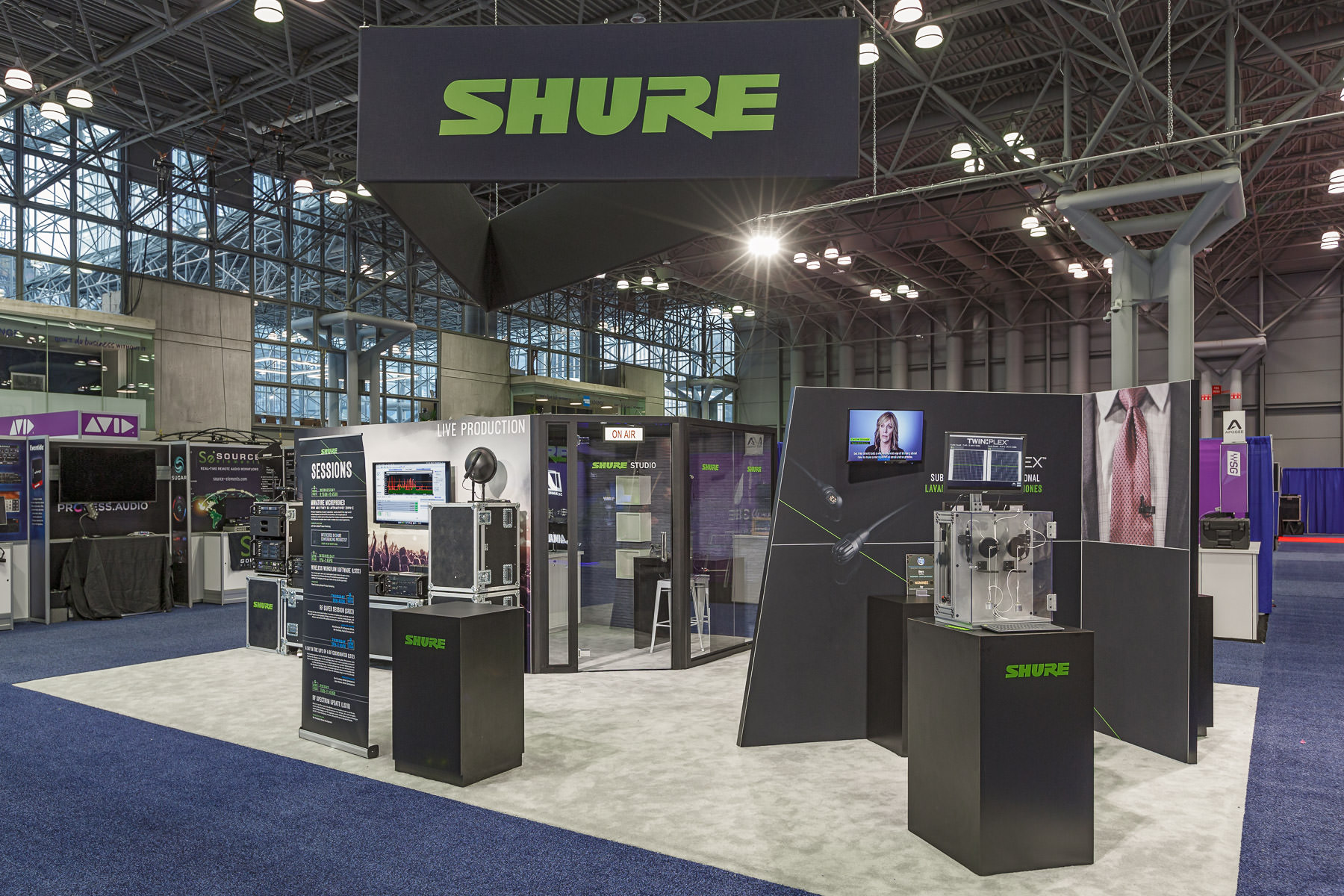 ƒ11.21 Trade Show Photography | AES New York | Shure